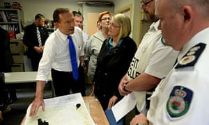Tony Abbott is briefed by RFS personnel