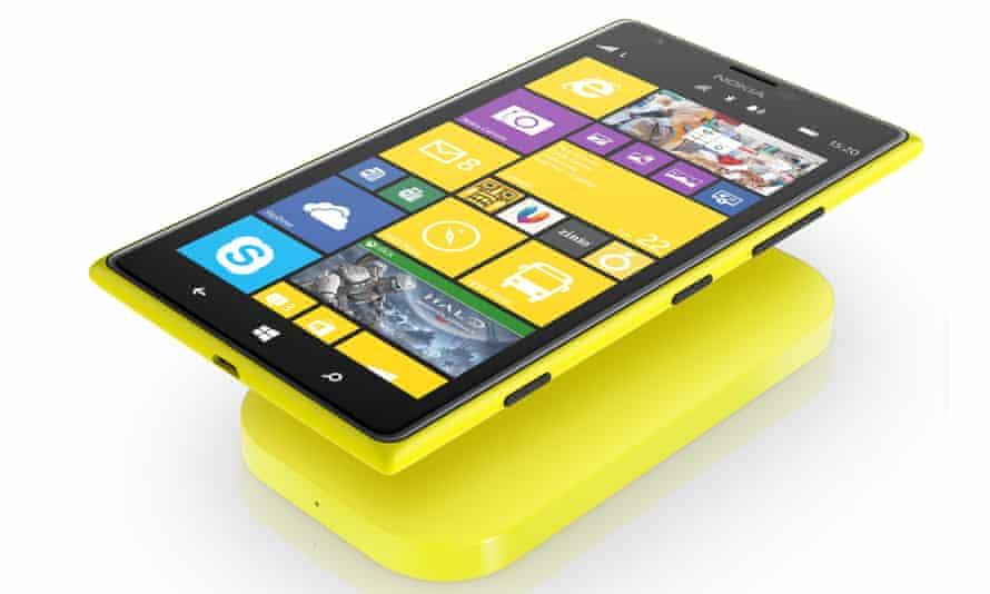 Nokia Lumia 1520 phablet takes Windows Phone 8 to 6in.