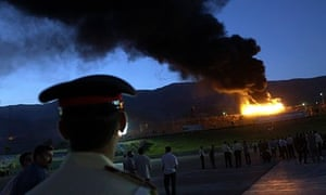 Iranian officials burn narcotic drugs