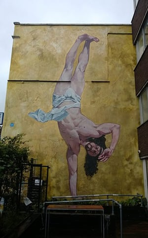 Graffiti: Breakdancing Jesus graffiti