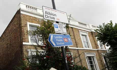 Albion Drive street scene