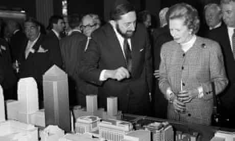 Paul Reichmann showing Margaret Thatcher a model of Canary Wharf in 1988.
