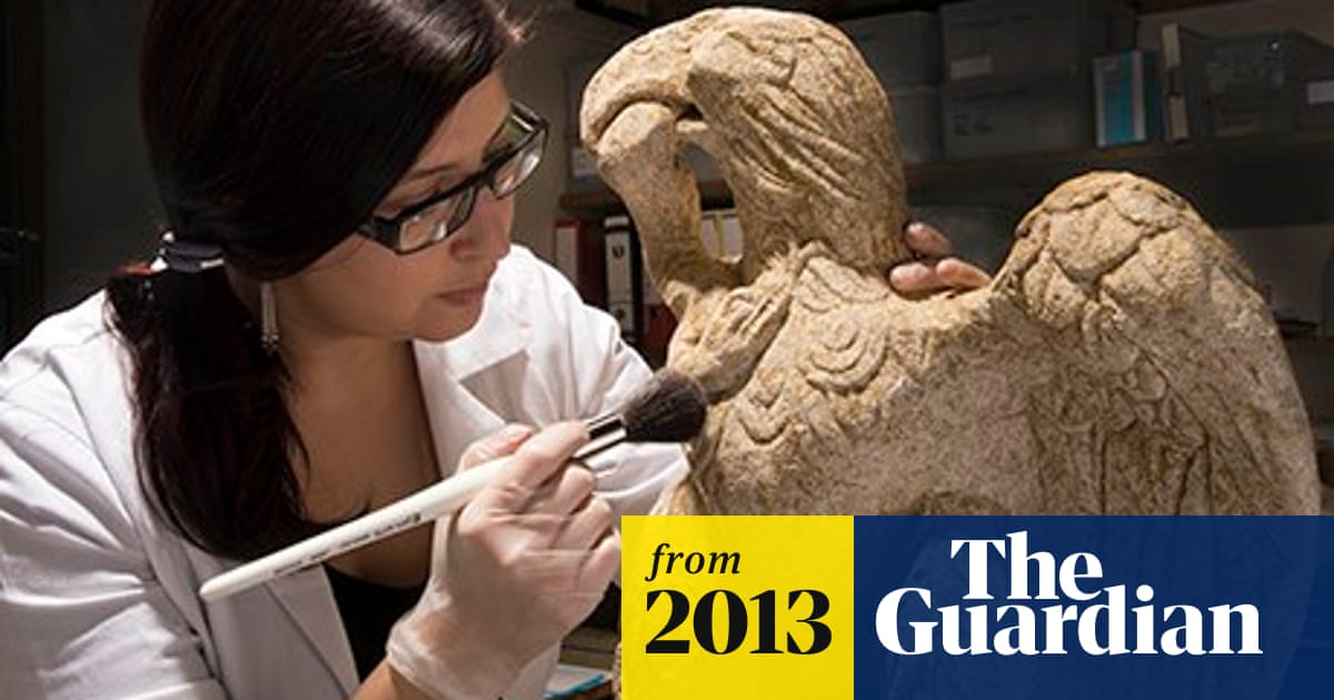 Roman eagle found by archaeologists in City of London