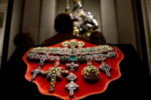 """A necklace of Saint Januarius, in gold, silver and precious stones created by Michele Dato in 1679, is displayed during the press day of the exhibition """"The Treasure of Naples"""", in Rome. Riches from a Neapolitan treasure trove said to be worth more than the British crown jewels are going on show in Rome in an unprecedented exhibition of emeralds and diamonds once owned by popes and kings."""