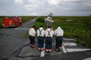 Fukushima: Firefighters from Kyoto pay respect to victims in Namie