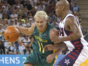 Shane Heal resumed hostilities with the USA basketball team at the 2004  Olympics. Photograph   AAP Image Dave Hunt 85a2587df