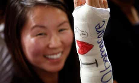 Cathey Park and her cast signed by the president