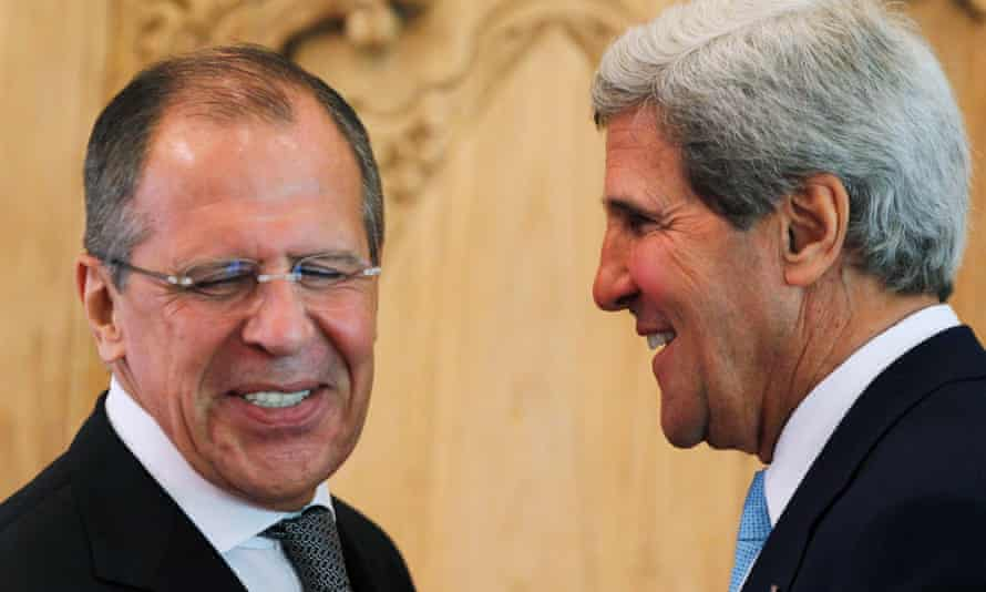 Sergei Lavrov and John Kerry at the news conference in Bali.