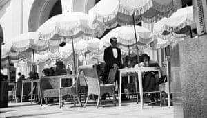 Henri Lartigue: Bibi au Palais de la Méditerranée, Nice, 1929