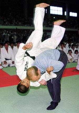 Putin and Abbott: Putin deals with judo student