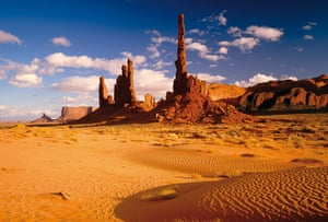 lonely planet: Monument Valley