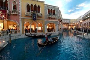 Faketouristattractions: Venetian Hotel Las Vegas