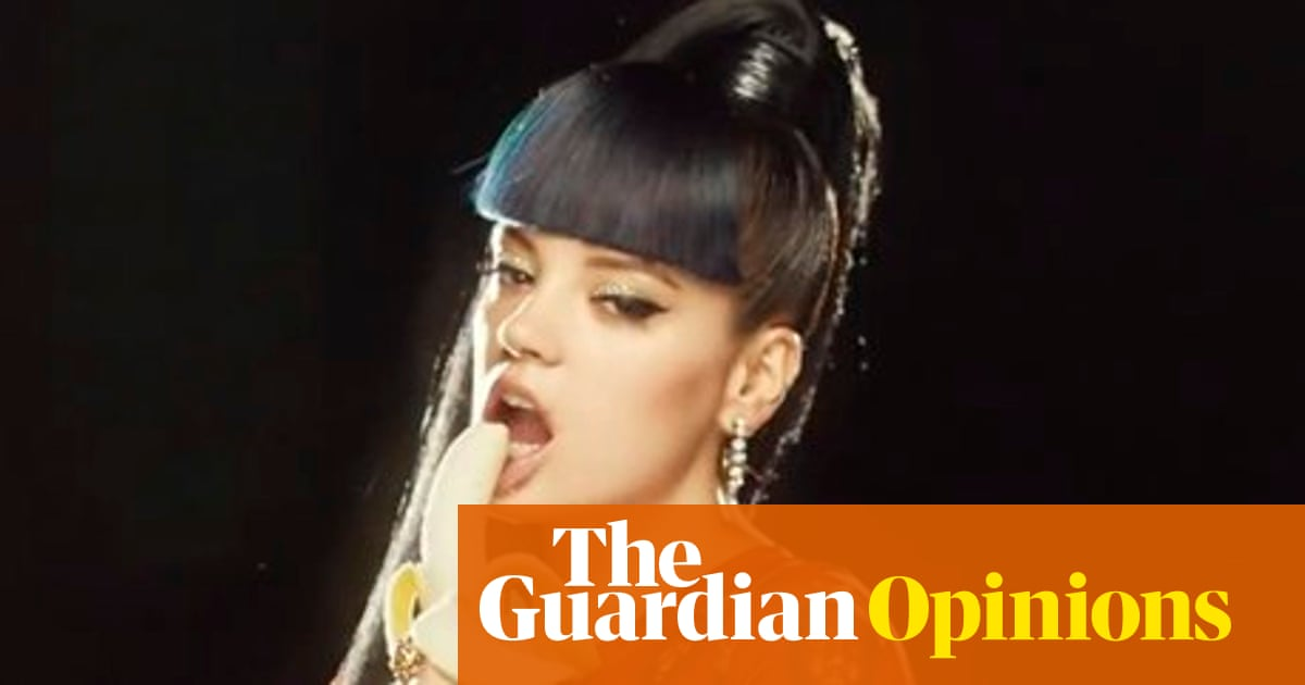 Lily Allen says her video for Hard Out Here isn't to do with