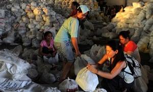 Typhoon Haiyan volunteers