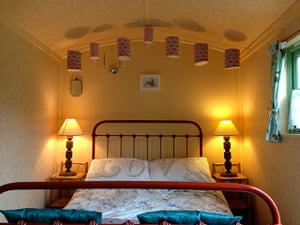 Cool Cottages:NCornwall: Maiden Ale Wagon and Wisteria Cottage int
