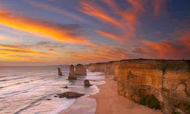 Twelve Apostles at dusk, Port Campbell National Park, Great Ocean Road, Victoria, Australia