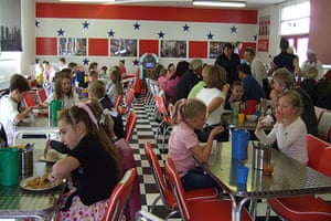 Inspiring classrooms 2: West Cliff primary school