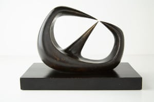 JFK Art: Henry Moore,Three Points