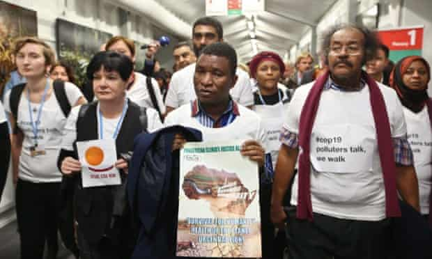 The largest environmental organizations, social movements and labour unions representatives walked out of the UN Climate Change Conference negotiations on 21 November. EPA/RAFAL GUZ