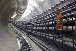 Crossrail: Man in tunnel