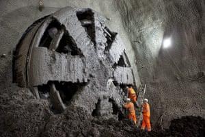 Crossrail: Elizabeth breaks through into Stepney Green