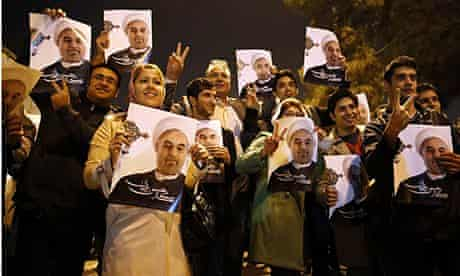 Supporters of Mohammad Javad Zarif