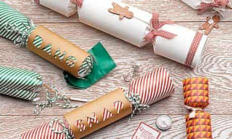 Food advent crackers