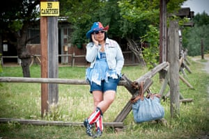 Big Picture - Spaghetti: Woman dressed in American style clothes
