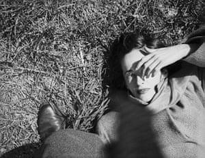 Saul Leiter: Sunday Morning, c. 1947