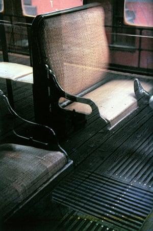 Saul Leiter: Foot on El, 1954