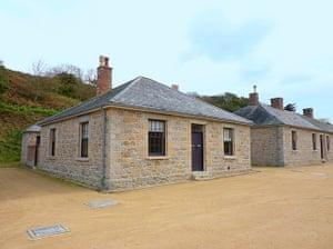 Cool Cottages:Channel Isl: Officers' Quarter,