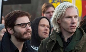 Not pulling them in: Daniel Brühl and Benedict Cumberbatch in The Fifth Estate.
