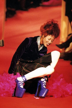 Vivienne Westwood: Naomi Campbell falls over on the catwalk