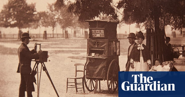 Street Life in London in 1877 - in pictures