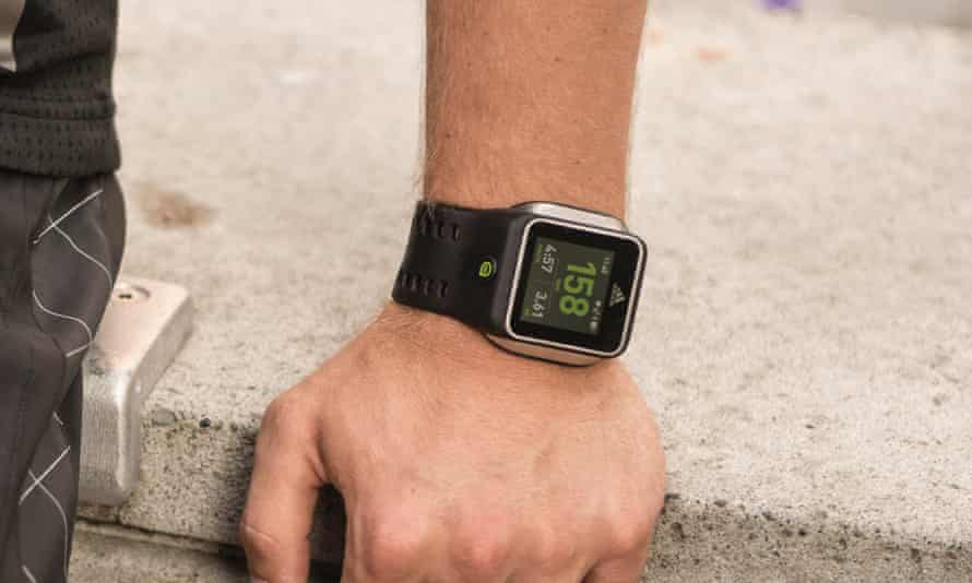 chico cama Suministro  Adidas miCoach Smart Run review – a personal trainer on your wrist |  Smartwatches | The Guardian