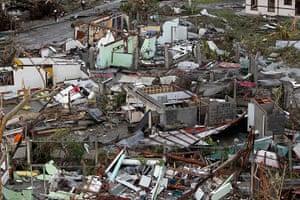 Typhoon Haiyan: Damaged houses near the airport
