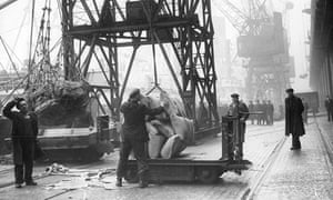 Liverpool dockers at work