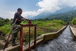 WWF Virunga Campaign: Newly installed Congolese Conservation Authority hydro-electric plant