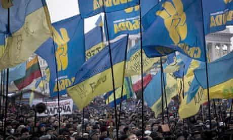 Ukraine protesters in Independence Square after talks between opposition leaders and president