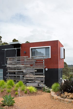 Homes - Perth House: exterior of house