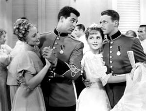 Joan Fontaine in pictures: Cary Grant, Joan Fontaine and Douglas Fairbanks Jr in Gunga Din