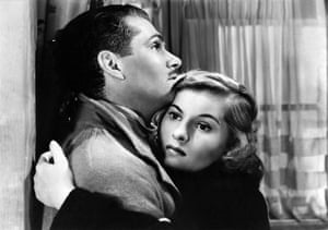 Joan Fontaine in pictures: Joan Fontaine embraces Laurence Olivier in Rebecca