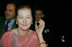 Joan Fontaine in pictures: Joan Fontaine in 1990