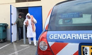 Horsemeat is removed from a depot for analysis during a raid in Narbonne