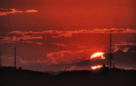 A sunset photo by Leguth Edson