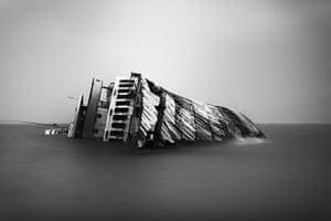 TPOTY: Shipwreck, Salamina, Greece
