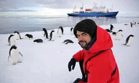 Antarctica Live: Alok Jha with penguins