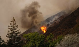 A wildfire that erupted in a scenic stretch of California's Big Sur has destroyed at least 15 homes