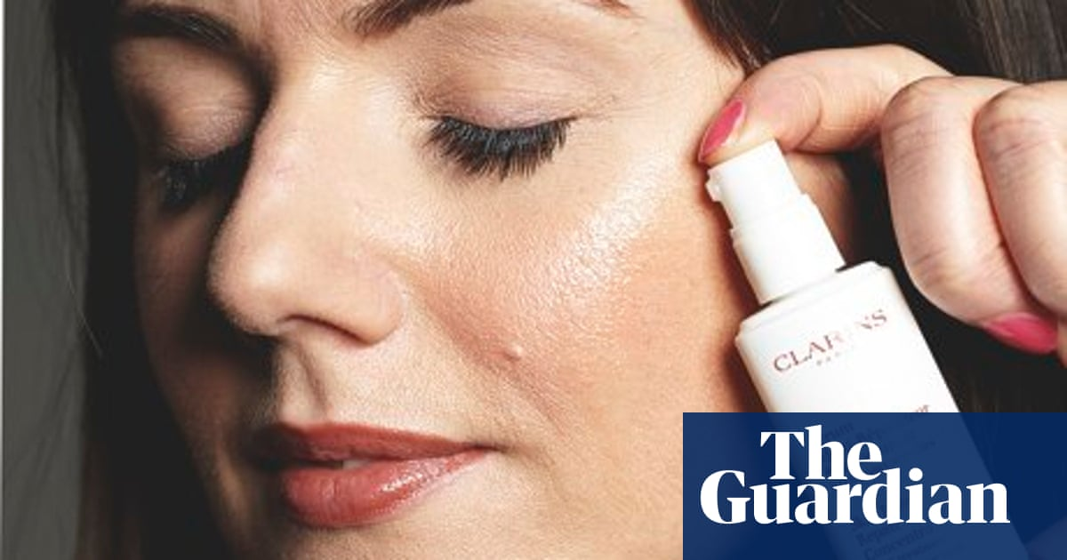 Skin Beauty Repair Concentrate - S.O.S Treatment for Sensitive Skin by Clarins #5