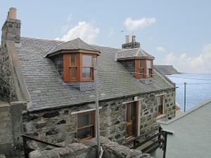 Cool Cottages: Crovie Cottage, Crovie